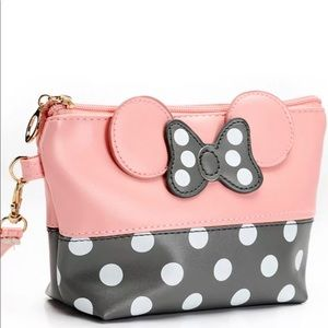 Handbags - Minnie Mouse cosmetic bag